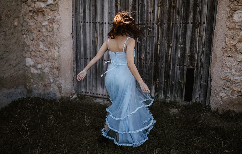 novia vestido gasa azul