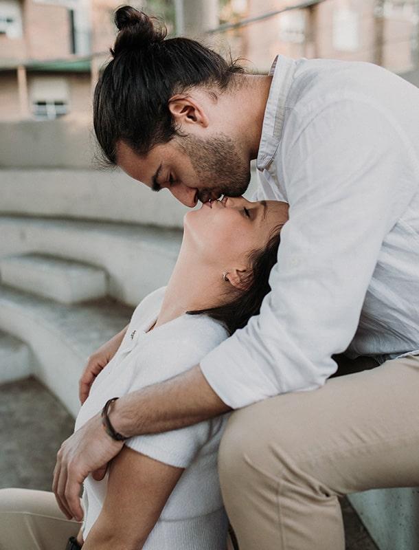 beso pareja Murcia